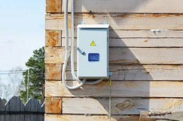 Подключение электричества к дачному дому от столба
