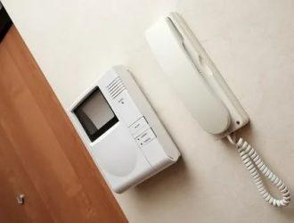 Какие бывают домофоны в квартиру?